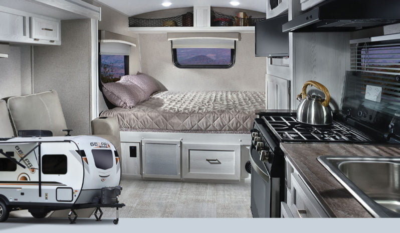 2021 GeoPro 19FBS Travel Trailer full